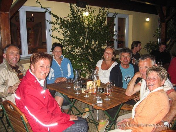 Gesellige Abende in der Spelunca im Feriendorf in Calvi