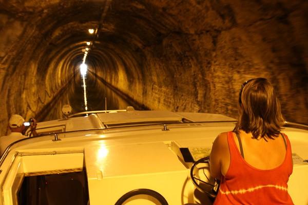 Hausboot Frankreich tunnel