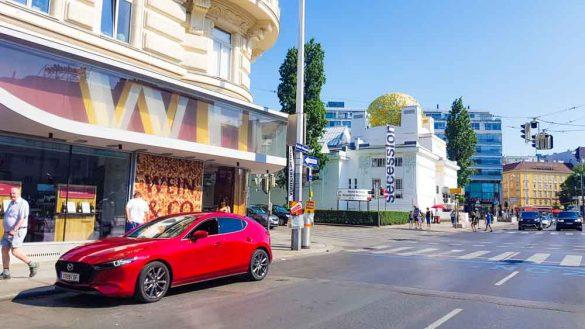 Mazda3 Klimt Wien Sightseeing (123)