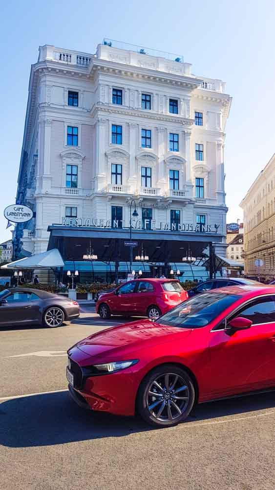Mazda3 Klimt Wien Sightseeing (18)