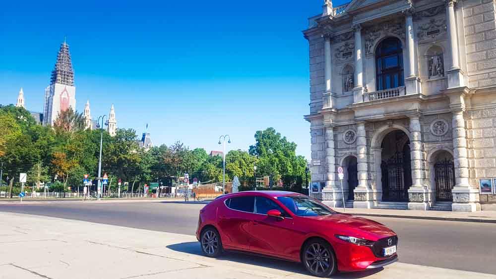 Mazda3 Klimt Wien Sightseeing (4)