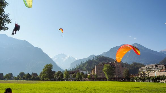 Schweiz Web 8250897