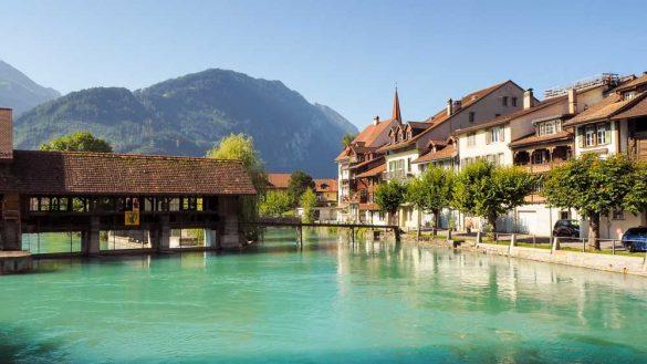 Schweiz Web 8250907