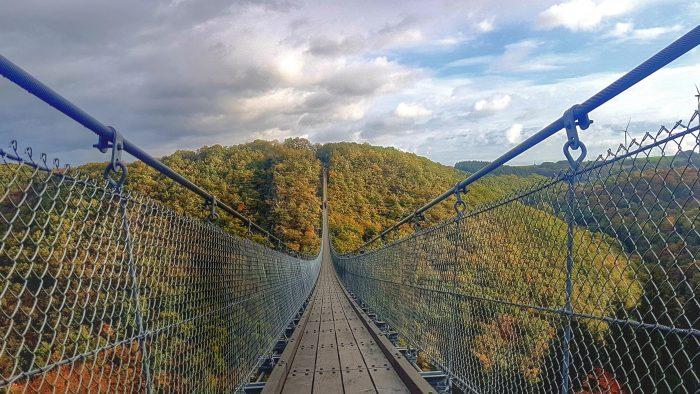 schönste hängebrücke deutschland morgensonne