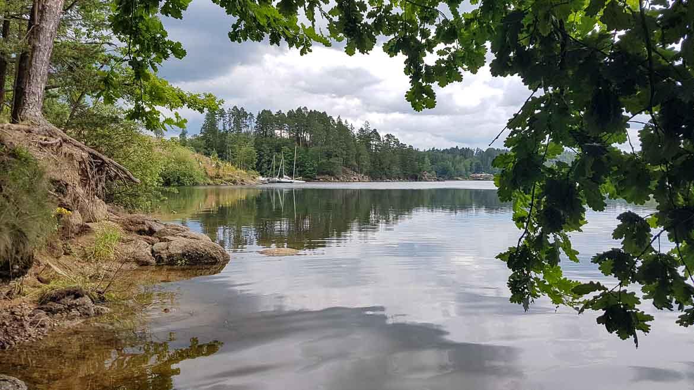 Camping in Österreich - WIEDERUNTERWEGS - cover