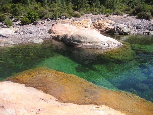 Fango türkis Flussbaden Korsika