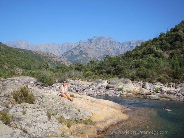 Chillen an den Gumpen Flusswandern Korsika