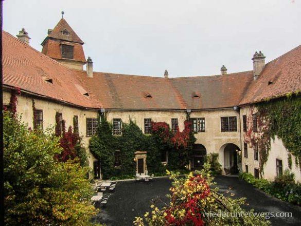 Burg Bernstein Herbst