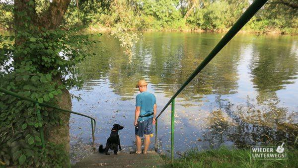 Urlaub mit Hund Kolpa Slowenien Fluss