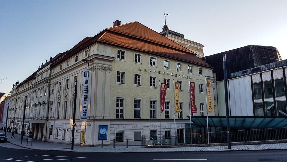 Linz Hotel Theater