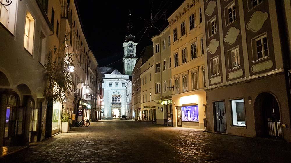 Linz Hotel abends